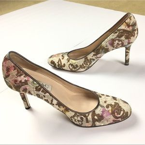 Isaac Made in Italy Floral Brocade Tapestry Pumps